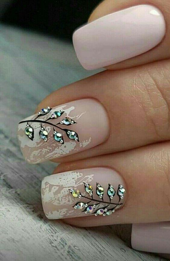 Нежный дизайн ногтей весна 2019 (27)