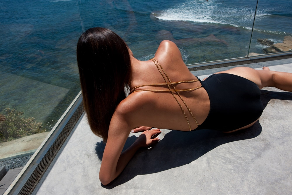 Слитные купальники 2010