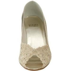 Белые туфли на шпильке 2010