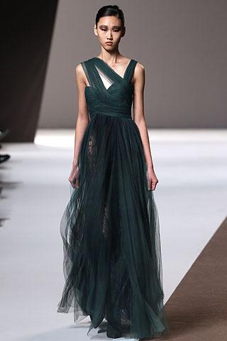 Длинные вечерние платья 2011