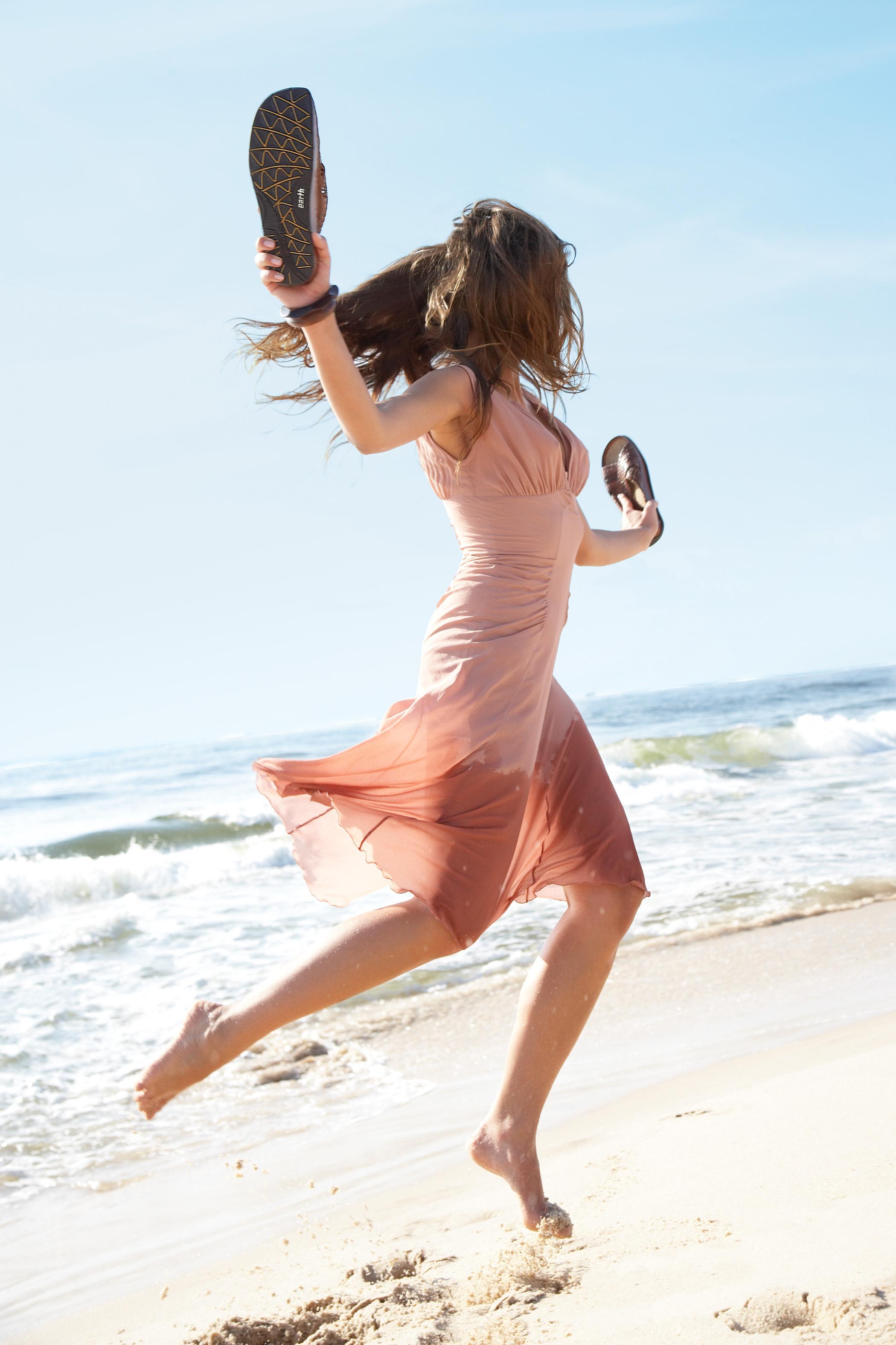 девушка и пляж