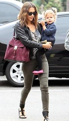 Джессика Альба и ее дочь Мари
