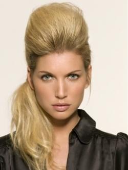 прически на каждый день для длинных волос 2010