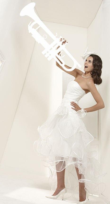 Свадебные платья 2011. Коллекция Suzanne Ermann
