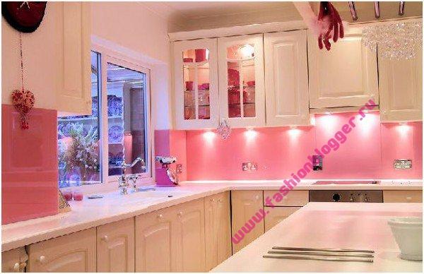 Розовая кухня интерьер