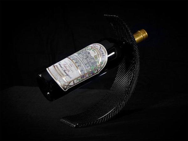 Оригинальная подставка для вина