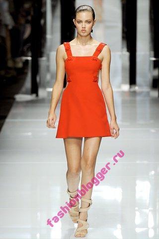 Красное платье 2011