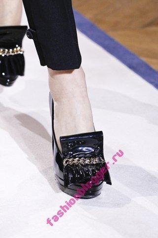 Модная обувь Yves Saint Laurent осень-зима 2011-2012