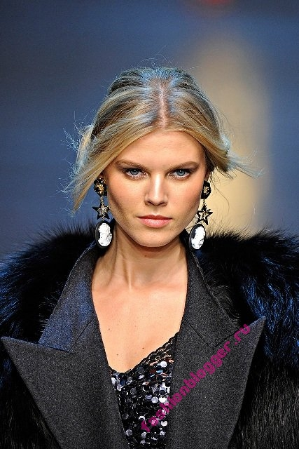Модные серьги осень 2011