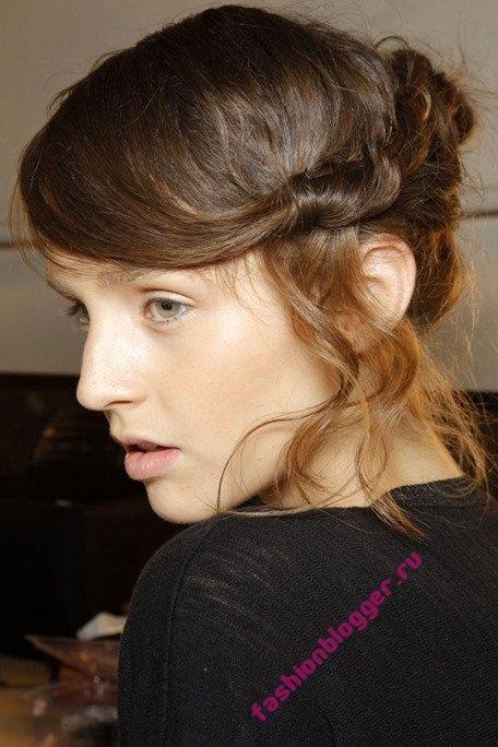 Причёски вечерние 2011