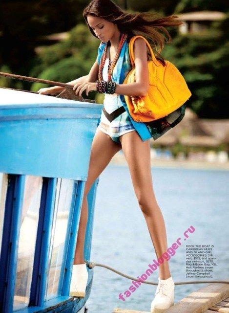 Модная пляжная одежда 2011