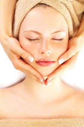 Как осветлить кожу лица и тела
