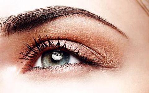 Кожа вокруг глаз: правильный уход