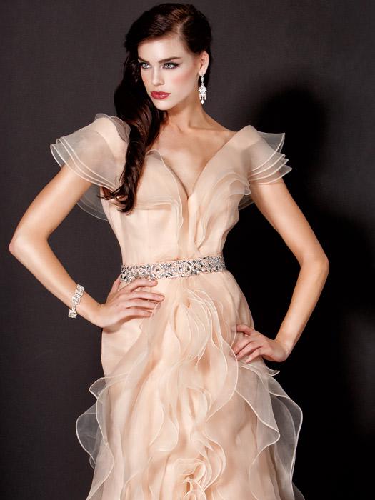 Новогодние вечерние платья 2014