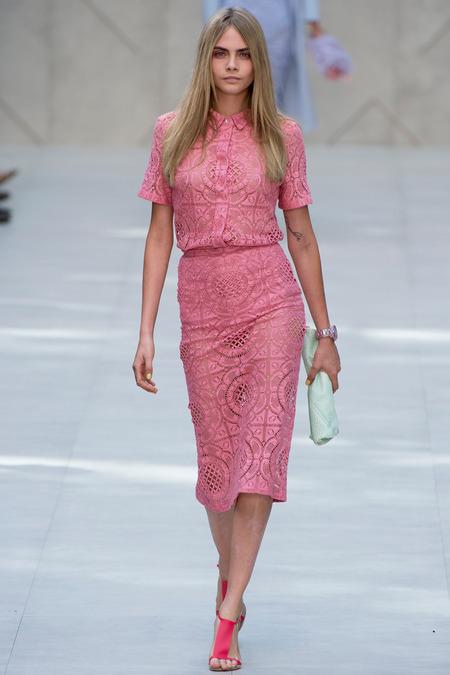 Кружевные платья 2014