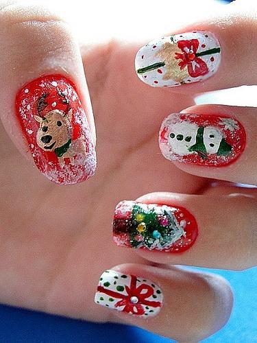 Новогодние рисунки на ногтях 2015 (11)