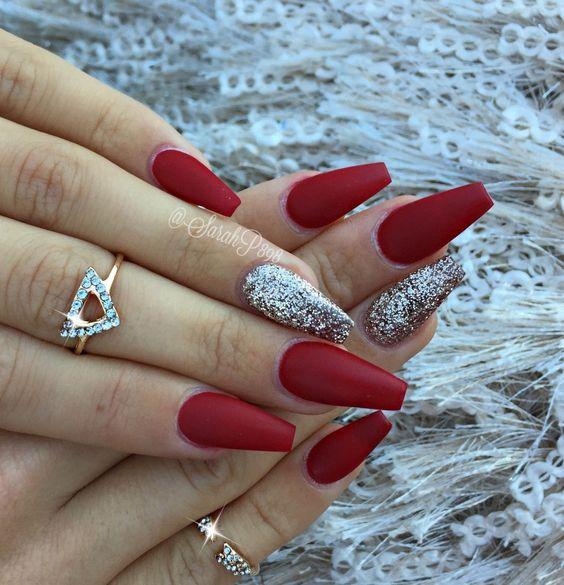 Дизайн ногтей на Новый год 2019 (10)