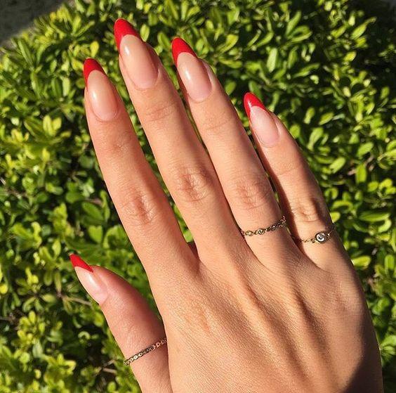 Дизайн ногтей на Новый год 2019 (8)