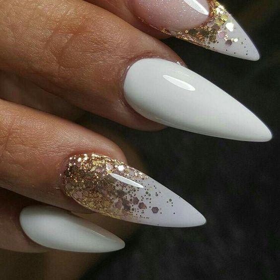 Дизайн ногтей на Новый год 2019 (35)