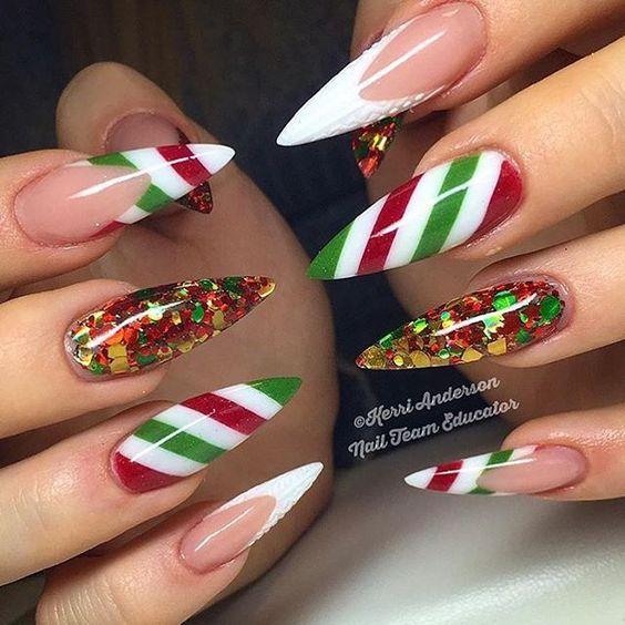 Красивый зимний дизайн ногтей 2019 (8)