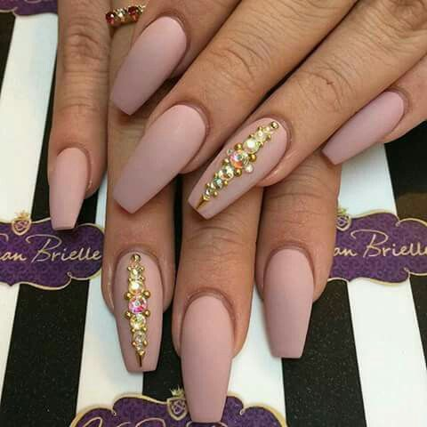 Дизайн ногтей на Новый год 2019 (6)
