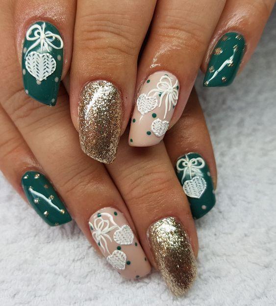 Красивый зимний дизайн ногтей 2019 (12)