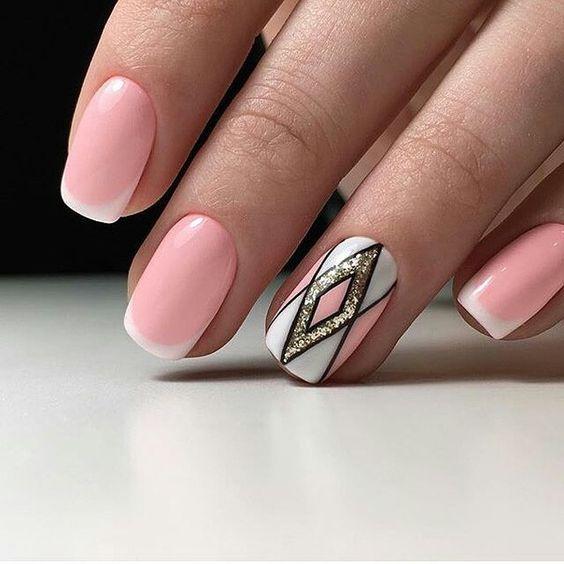 Красивый зимний дизайн ногтей 2019 (36)