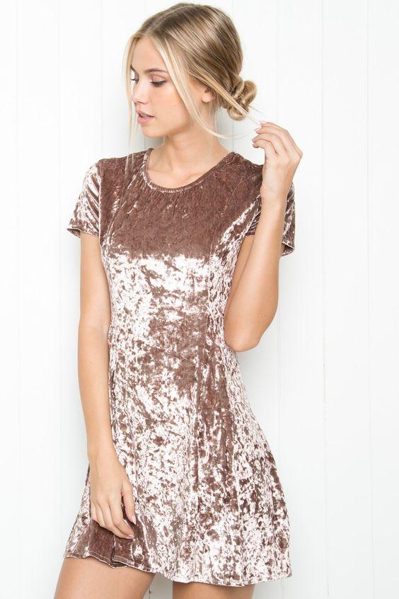 Короткие новогодние платья 2019 (12)