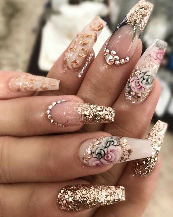 Дизайн ногтей на Новый год 2019 (17)