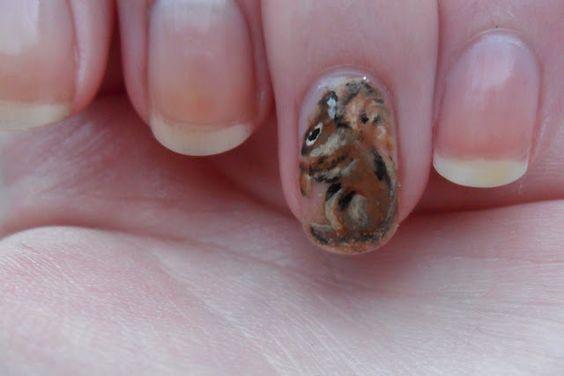 Белка на ногтях (17)
