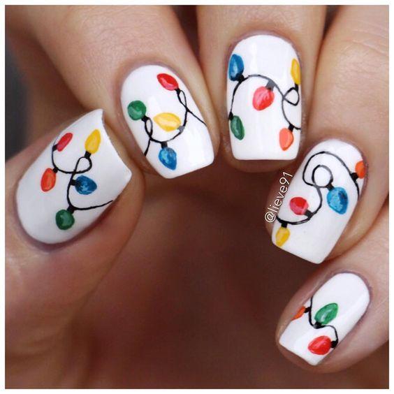 Гирлянда на ногтях (11)