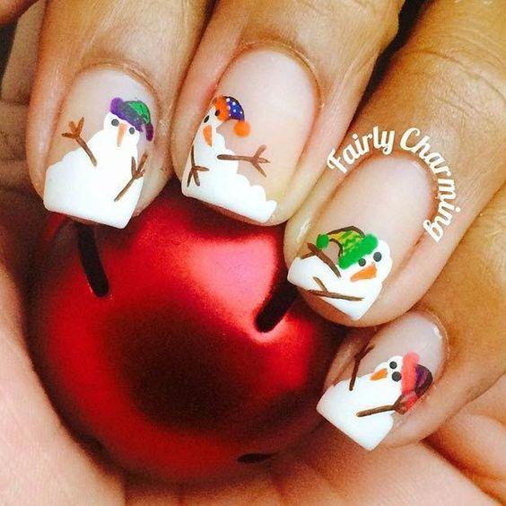 Снеговик на ногтях (5)