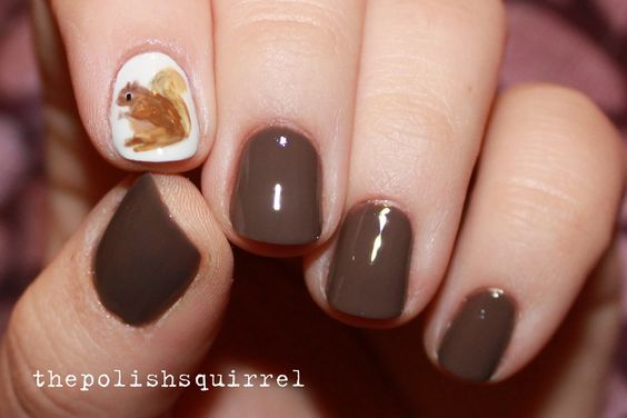 Белка на ногтях (8)