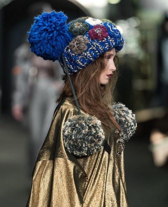 Вязаные шапки 2019 (35)