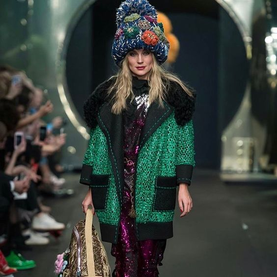 Зимние платья 2019 (35)