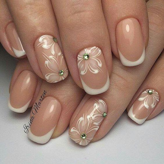 Нежный дизайн ногтей весна 2019 (37)