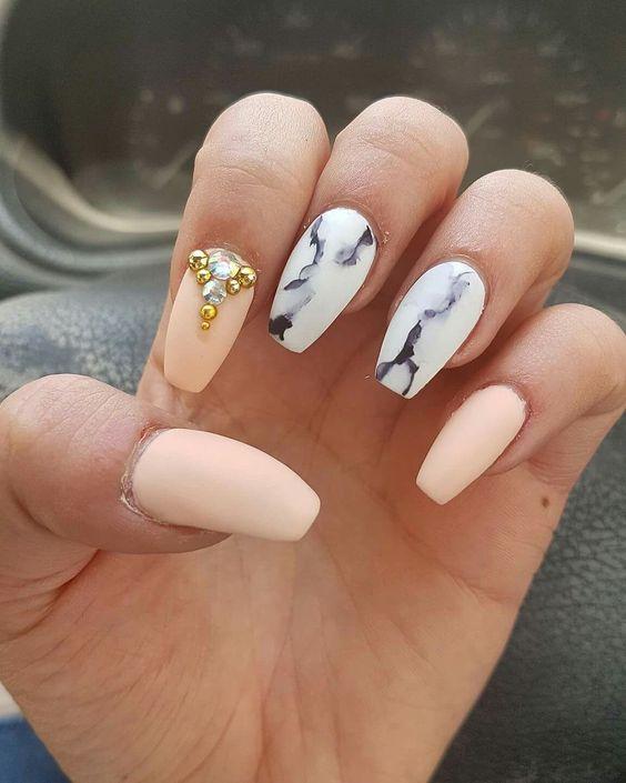 Нежный дизайн ногтей весна 2019 (26)