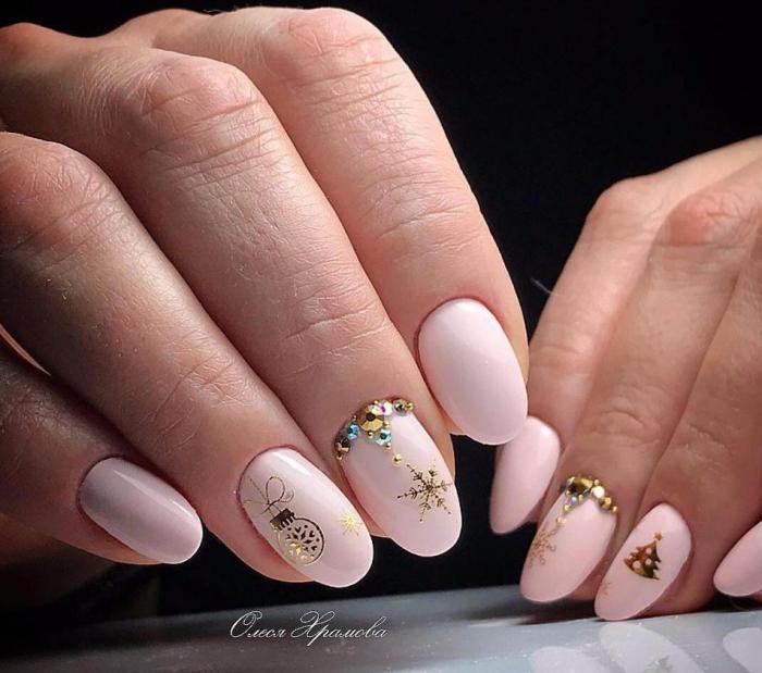 Нежный дизайн ногтей весна 2019 (53)