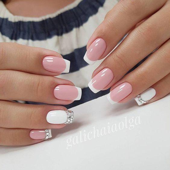 Светлые ногти дизайн 2020 (58)