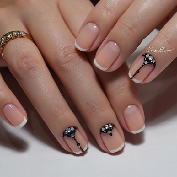 Светлые ногти дизайн 2020 (53)