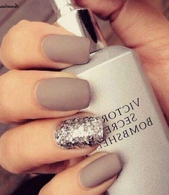 Светлые ногти дизайн 2020 (23)