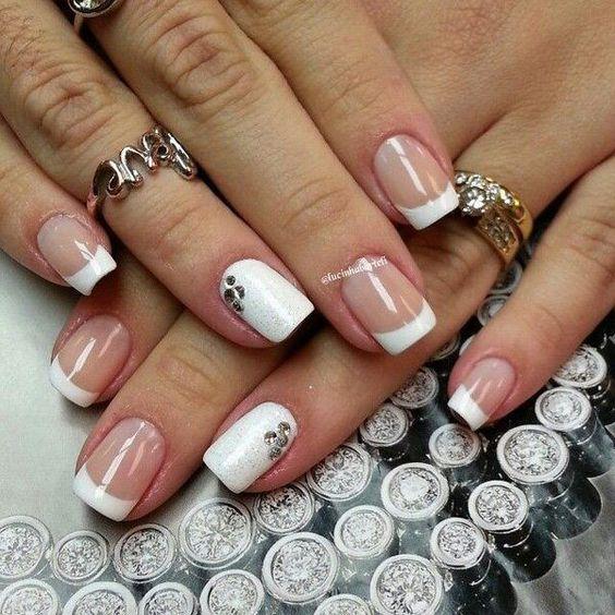 Светлые ногти дизайн 2020 (56)