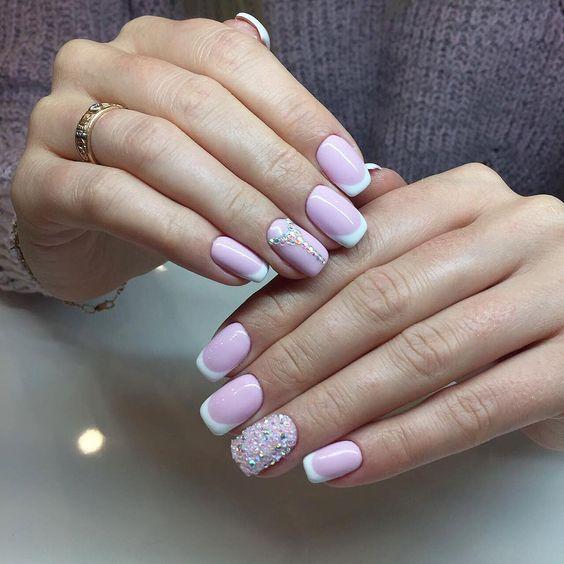 Светлые ногти дизайн 2020 (50)