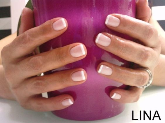 Светлые ногти дизайн 2020 (48)