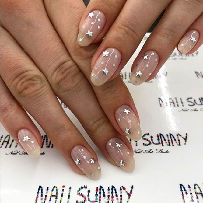 Светлые ногти дизайн 2020 (15)