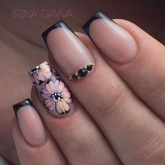 Рисунки на коротких ногтях (72)
