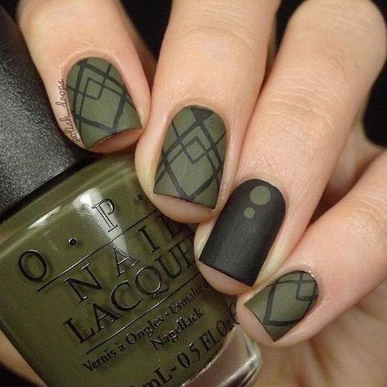 Рисунки на коротких ногтях (48)